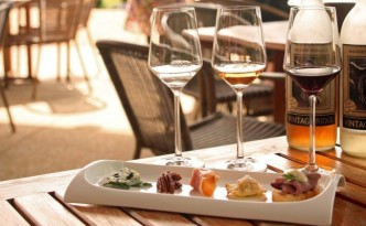 On the first Saturday and Sunday of the month, Vintage Ridge does a Premier Tasting with food and wine pairings (Photo Courtesy:  Vintage Ridge)